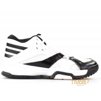 Tênis Adidas First Step Basquete